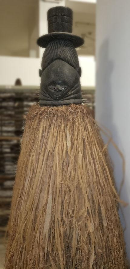 Masque heaume de la société Sandé, Mende, Sierra Leone, musée T. Monod, achat en 1962